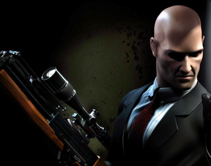PS Plus de dezembro traz Injustice, Hitman e Deadly Premonition