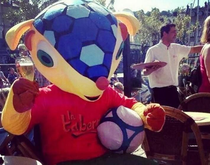 Brasil passa com facilidade pela Colômbia em International Superstar Soccer