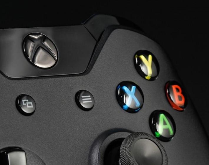 Microsoft premia os primeiros compradores do Xbox One