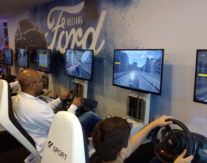 Gran Turismo Sport leva games e velocidade ao Salão do Automóvel